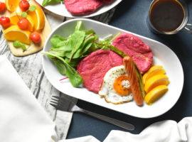 派手カワ💗ピンクの朝食パンケーキプレート