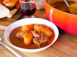 ゴロゴロ野菜とお肉が豪快!『シータのシチュー』を再現!【マンガ飯】【ジブリ飯】